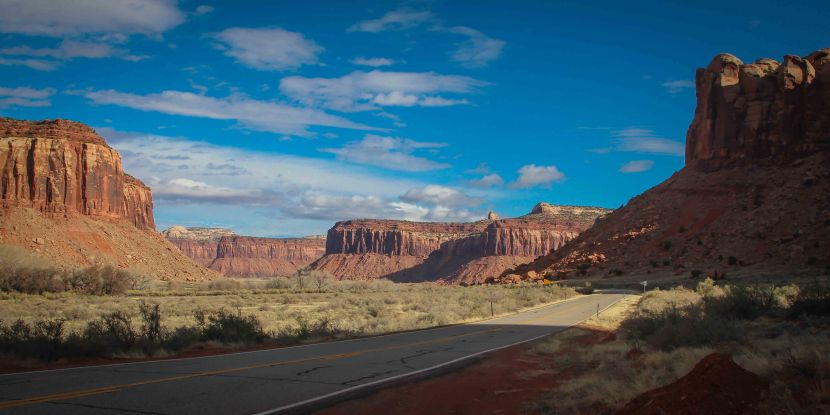 Breathtaking Drive to the Needles in Canyonlands NationalPark